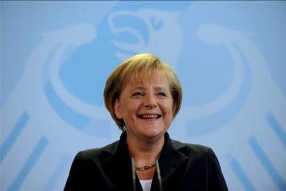 """Merkel vende como una """"revolución"""" alargar la vida de las centrales nucleares"""