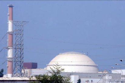 Irán tiene uranio enriquecido para fabricar dos bombas atómicas, según el OIEA