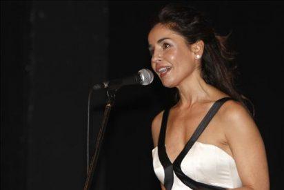 """Blanca Marsillach homenajea a su padre en """"Una noche blanca con los clásicos"""""""