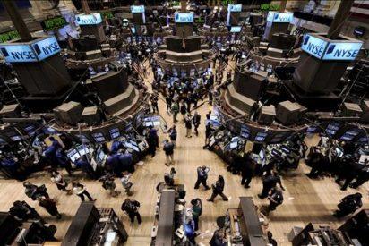 Wall Street sube el 0,45 por ciento pese a perder vigor el crecimiento en EE.UU.
