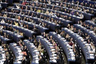 El Parlamento Europeo exige a Francia que suspenda la expulsión de gitanos