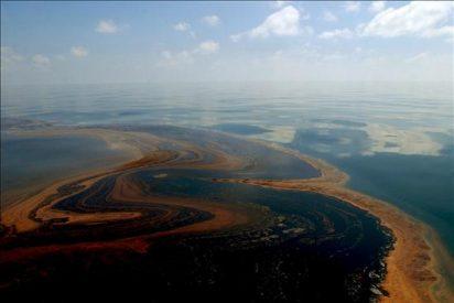 Estados Unidos estudia demandar a BP por los daños del vertido, según CNN