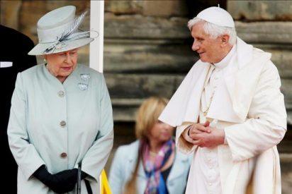 Benedicto XVI hace historia en la abadía de Westminster