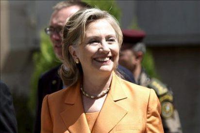 Hillary Clinton parte hacia Ammán para reunirse con el rey Abdala II