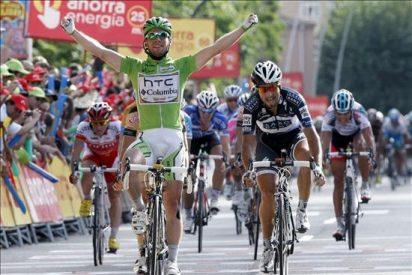 Triplete de Cavendish en Salamanca, Nibali sigue la vida en rojo