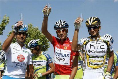 El italiano Vicenzo Nibali vencedor final de la 75a. edición de la Vuelta y Farrar ganó etapa