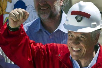 Piñera y Allende llevan un mensaje de esperanza a los 33 mineros atrapados