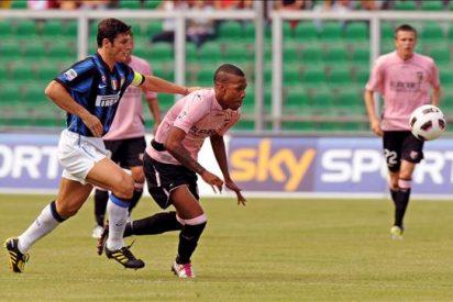 Eto'o lleva al Inter de Rafa Benítez hasta la cabeza de la Liga italiana