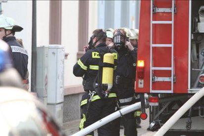 Al menos cuatro muertos en una explosión y en un tiroteo en un hospital alemán