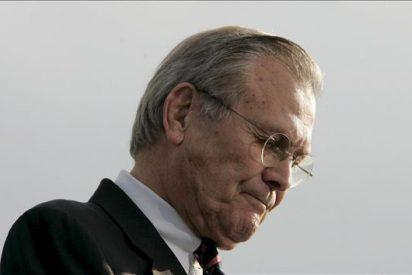 El ex secretario de Defensa Donald Rumsfeld publicará sus memorias en enero