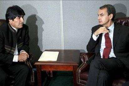 Zapatero repasa con Morales la cooperación española en Bolivia