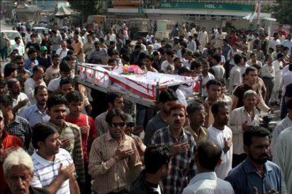 Al menos 17 muertos en una ola de violencia en la ciudad paquistaní de Karachi