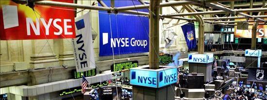 Wall Street suma cinco días de avances gracias a breve empujón de la Reserva