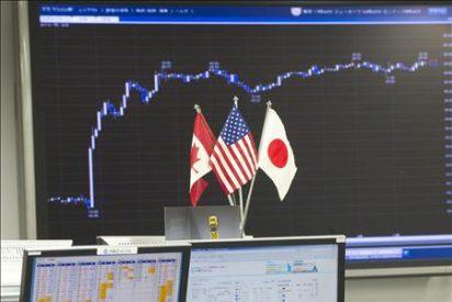 El Nikkei baja lastrado por el yen