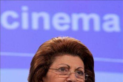 La CE insta a usar ayudas europeas para la conversión digital de los cines