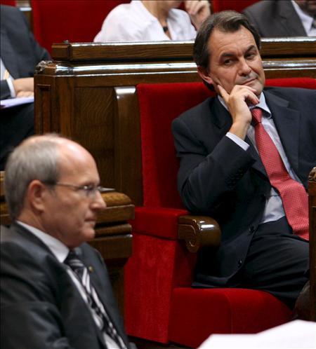Mas cifra en un 60 por ciento el apoyo que precisa el derecho a decidir de los catalanes