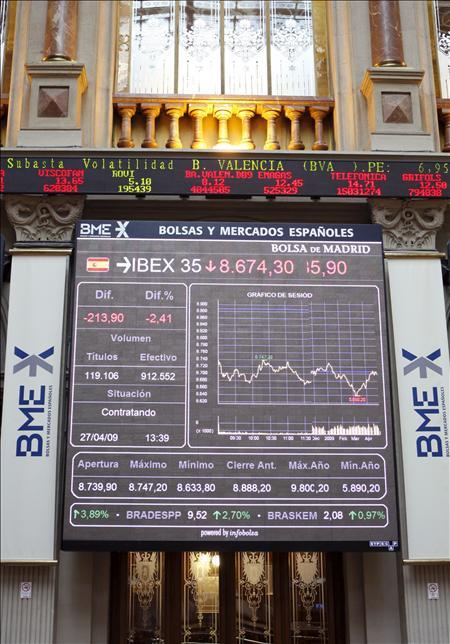 La bolsa española baja el 1,07 por ciento y desciende hasta los 10.600 puntos