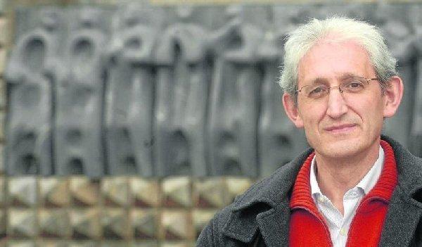 Moceop se solidariza con el teólogo José Arregui
