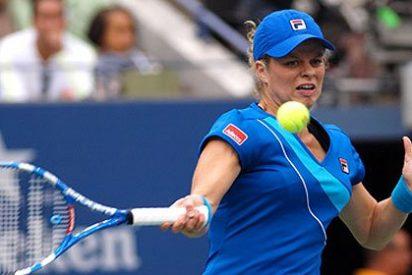 Clijster revalida su título barriendo a Zvonareva