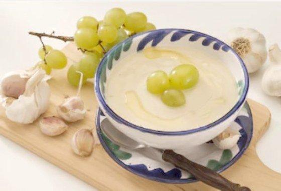 recetsas de verano ajo blanco de Córdoba