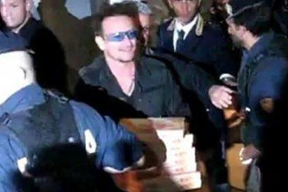 La fundación de Bono (U2) sólo destina un 1% a la caridad