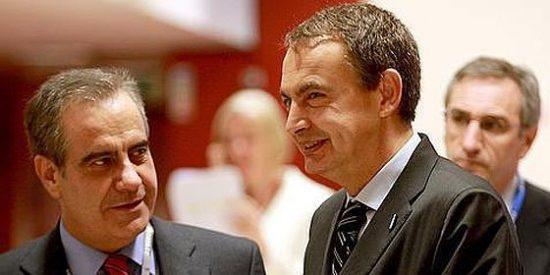 El ministro Corbacho tira la toalla y se va a Cataluña con Montilla
