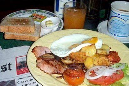 Romper el hábito de los copiosos desayunos de domingo leyendo la prensa es de lo más duro