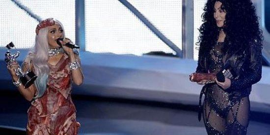 Lady Gaga arrasa en los premios MTV