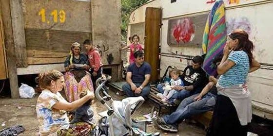 Francia reitera que seguirá adelante con expulsiones de gitanos