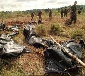 Policía colombiana abate a 16 miembros de las FARC cerca de frontera con Ecuador
