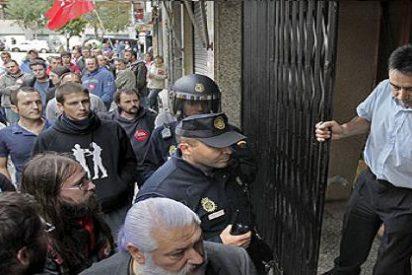 Los sindicatos gallegos califican de 'éxito rotundo' una huelga basada en destrozos y violencia