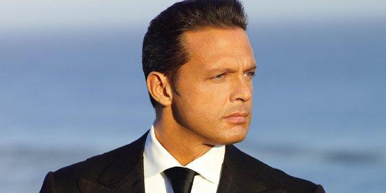 Luis Miguel logra discos de oro y platino a tres días de lanzar Labios de Miel