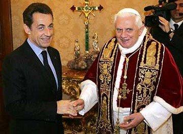 Nicolas Sarkozy verá al Papa para explicarle expulsión de gitanos
