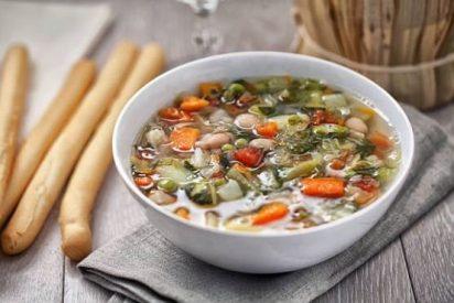 Cómo hacer sopa minestrone paso a paso