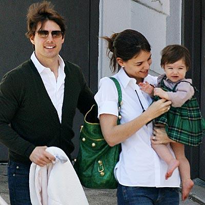 Tom Cruise y Katie Holmes, en guerra por un nuevo hijo