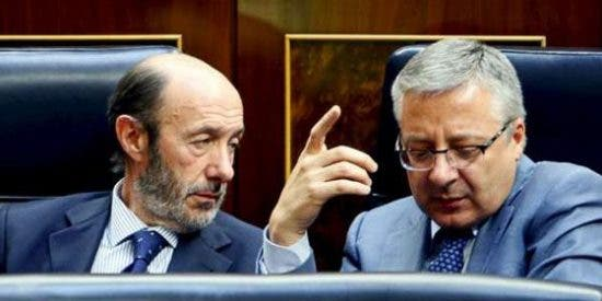Palos al dúo Blanco-Rubalcaba mientras La Moncloa sigue perdida