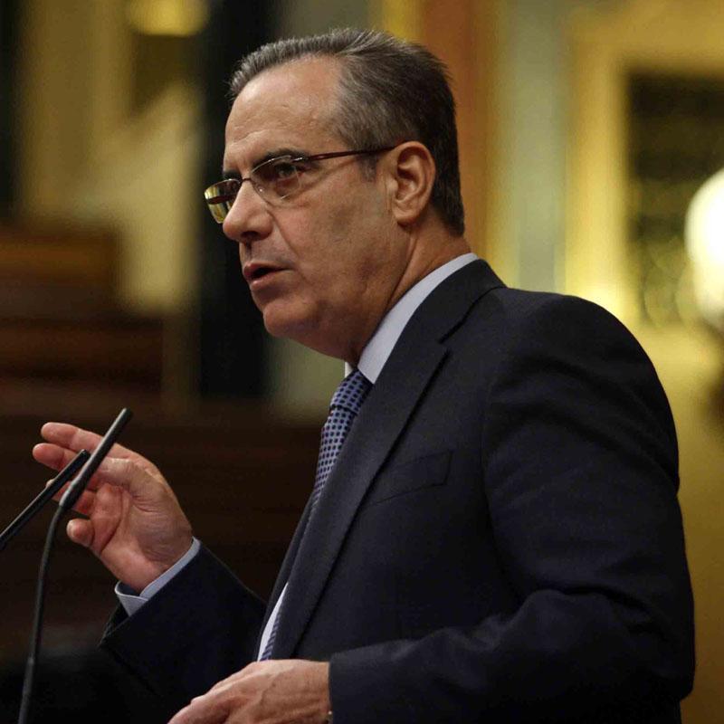 """Corbacho teme que el PP """"se cargue"""" la tasa de cobertura de desempleo si llega a gobernar"""