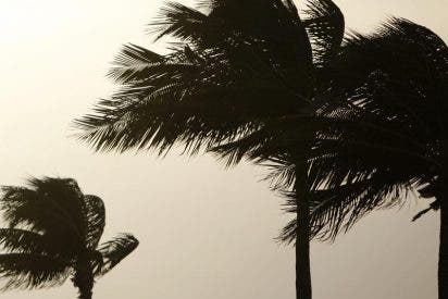 Honduras declara la alerta roja por el paso de la tormenta tropical 'Paula'