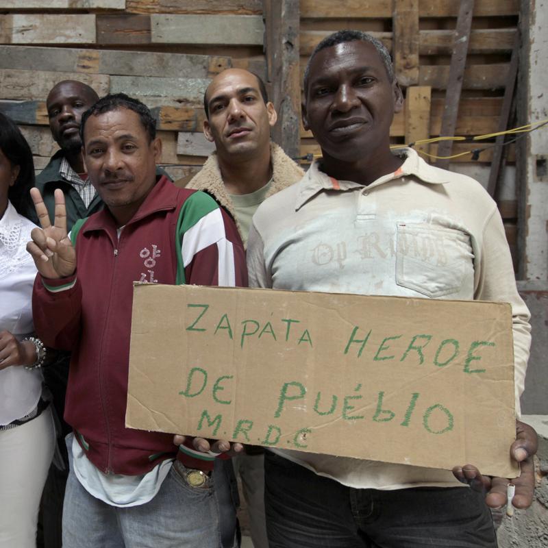 Cuba autoriza la salida del país a la familia de Orlando Zapata