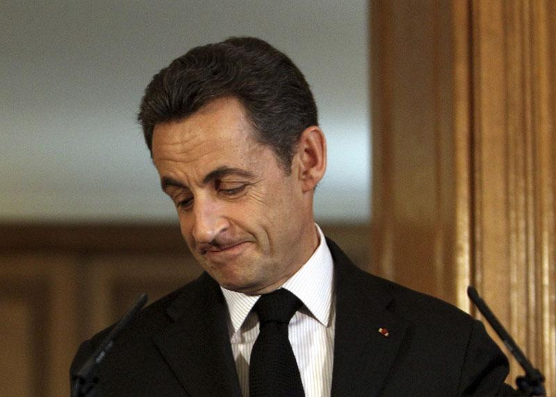 Sarkozy confirma que Francia no renunciará a su fuerza nuclear