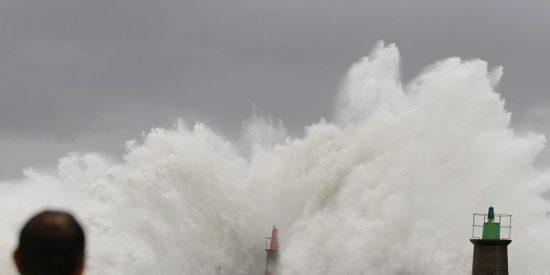 El tiempo continúa estable y sólo se esperan lluvias en las islas y el Cantábrico
