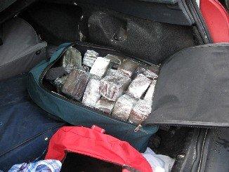 Cuatro detenidos cuando transportaban 70 kilos de hachís hacia Francia