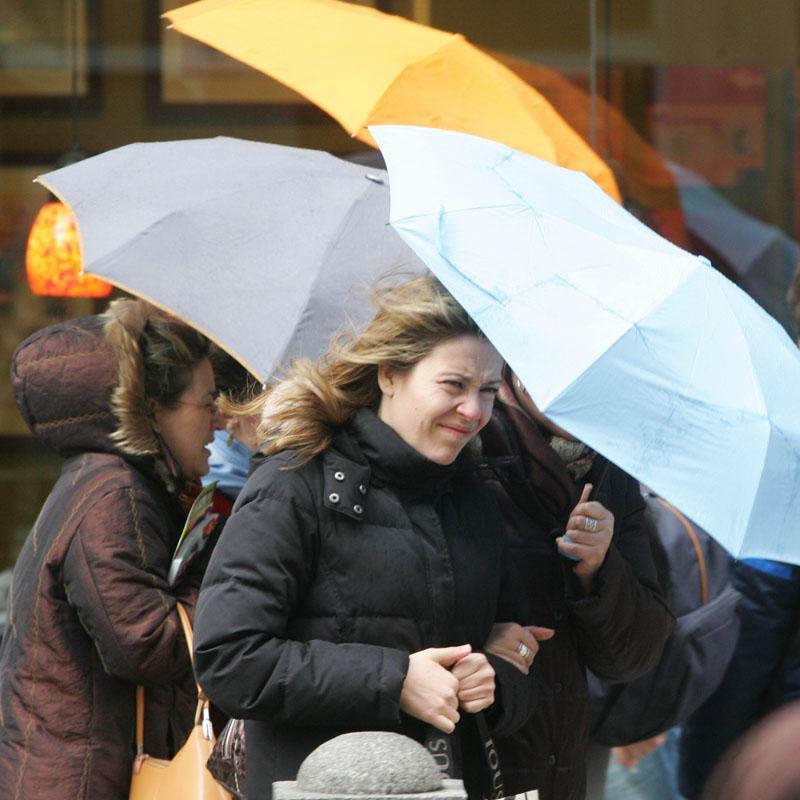 Un total de 28 provincias están en alerta por lluvia y vientos