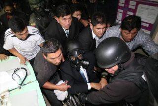 Ecuador busca a los responsables de la rebelión dentro y fuera de la policía
