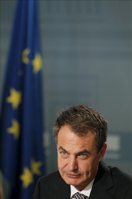 """Zapatero cree """"imprescindible"""" el apoyo autonómico y local al ATC en Zarra"""
