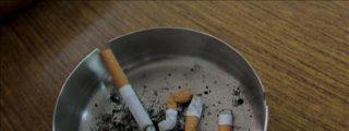 """Espectadores de TVE advierten de que se fuma mucho en """"Amar en tiempos revueltos"""""""