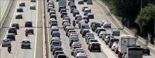 Tráfico desaconseja coger la A-6 que contabiliza 20 kilómetros de retenciones