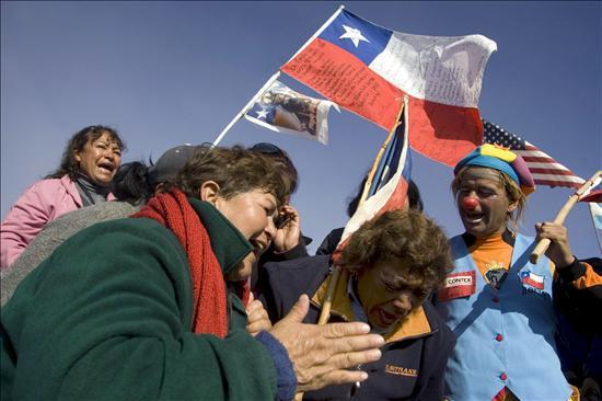 La perforadora más avanzada llega a donde están atrapados los mineros chilenos