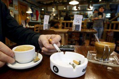 """Los hosteleros no harán """"ni de inspectores ni de policías"""" en la Ley del Tabaco"""