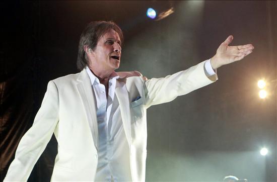 Roberto Carlos se reencuentra con los paraguayos en un recital cargado de emociones